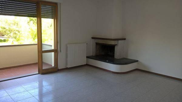 Appartamento in buone condizioni in vendita Rif. 7012819