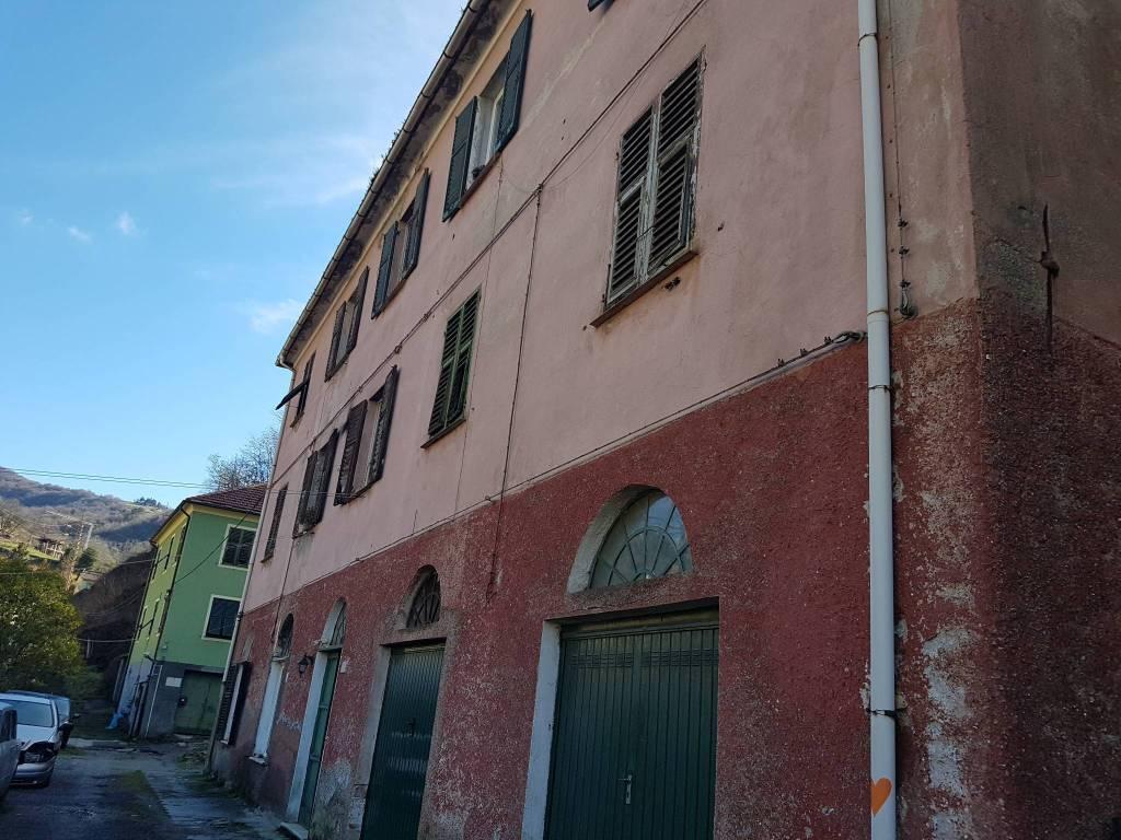 Via Borasina: appartamento da ristrutturare