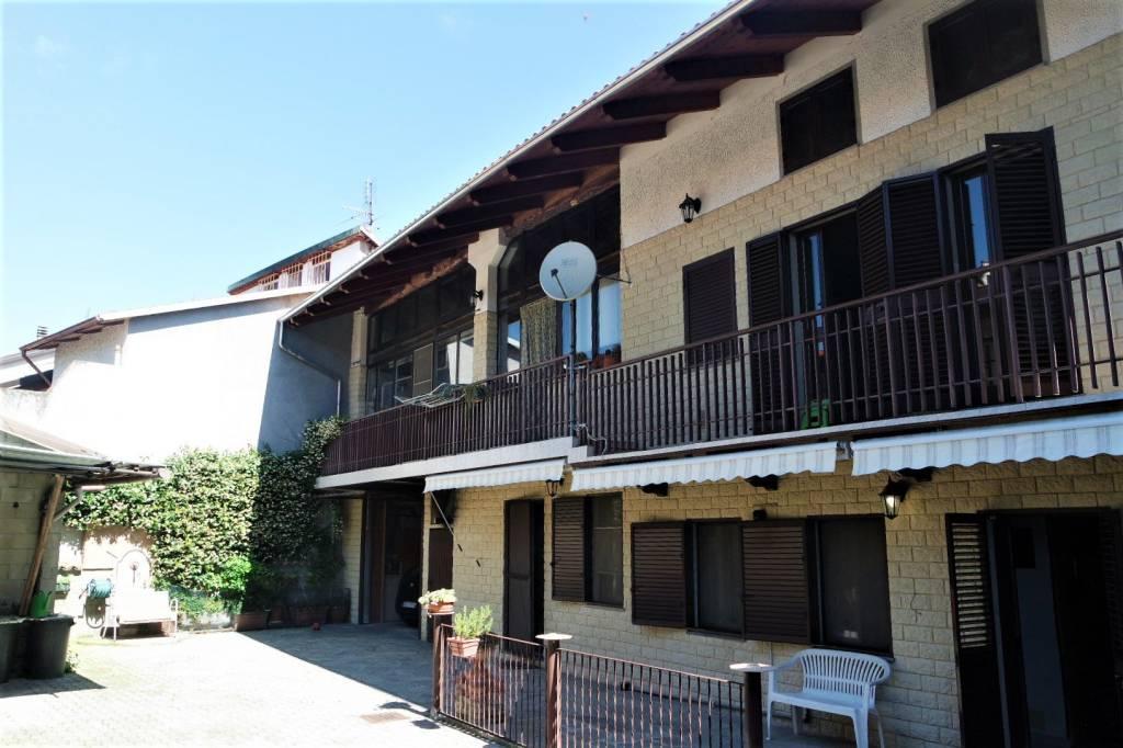 Casa Indipendente in buone condizioni in vendita Rif. 7017102