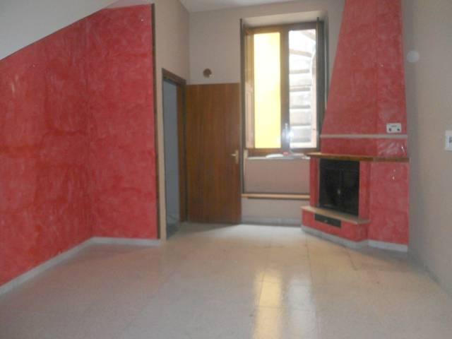 Appartamento in ottime condizioni in affitto Rif. 7012568