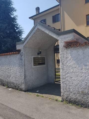 Appartamento in buone condizioni in vendita Rif. 7016466