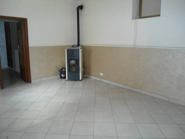 Appartamento in ottime condizioni in affitto Rif. 7027613