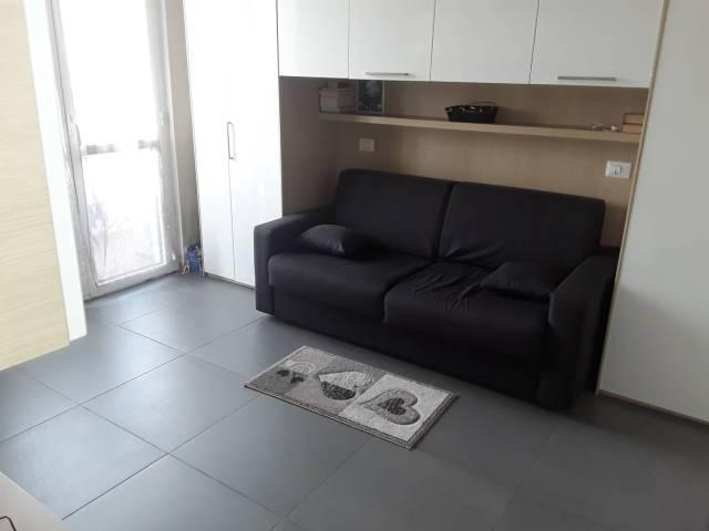 Appartamento in ottime condizioni arredato in affitto Rif. 7012998