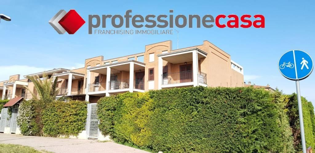 Villetta a schiera in ottime condizioni in vendita Rif. 7013588