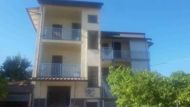 Appartamento in ottime condizioni arredato in affitto Rif. 7028094