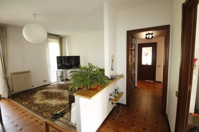 Appartamento in buone condizioni in vendita Rif. 7027712