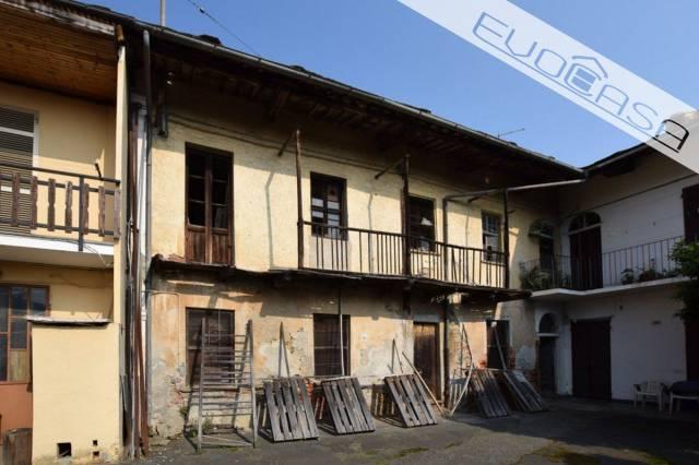 Rustico / Casale da ristrutturare in vendita Rif. 7030749