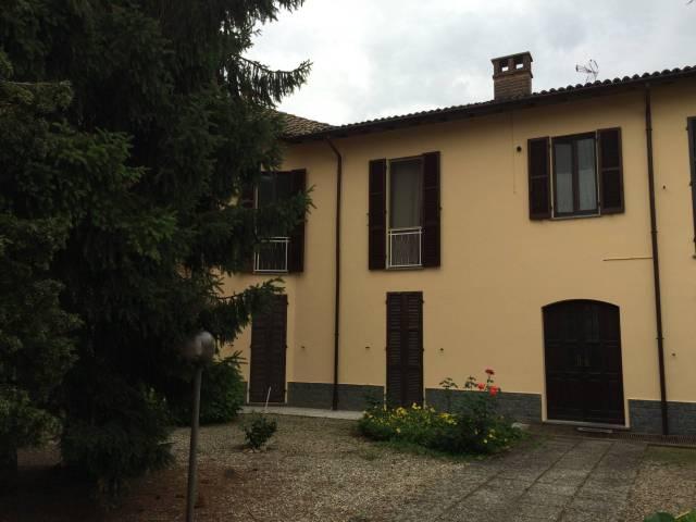 Appartamento in ottime condizioni in vendita Rif. 7028248