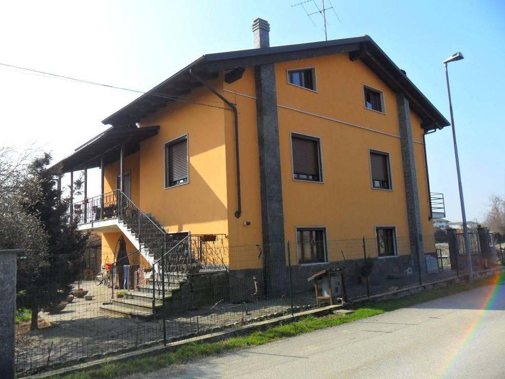 Villa in buone condizioni in vendita Rif. 7030959