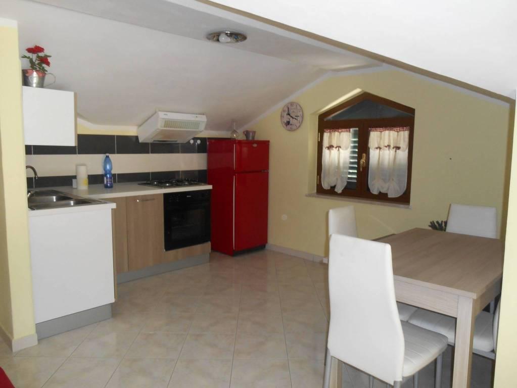 Attico / Mansarda arredato in affitto Rif. 7027351