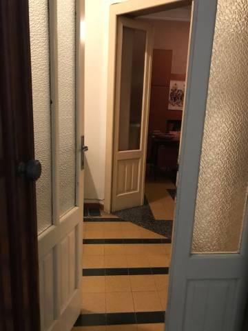 Appartamento da ristrutturare parzialmente arredato in vendita Rif. 7030452