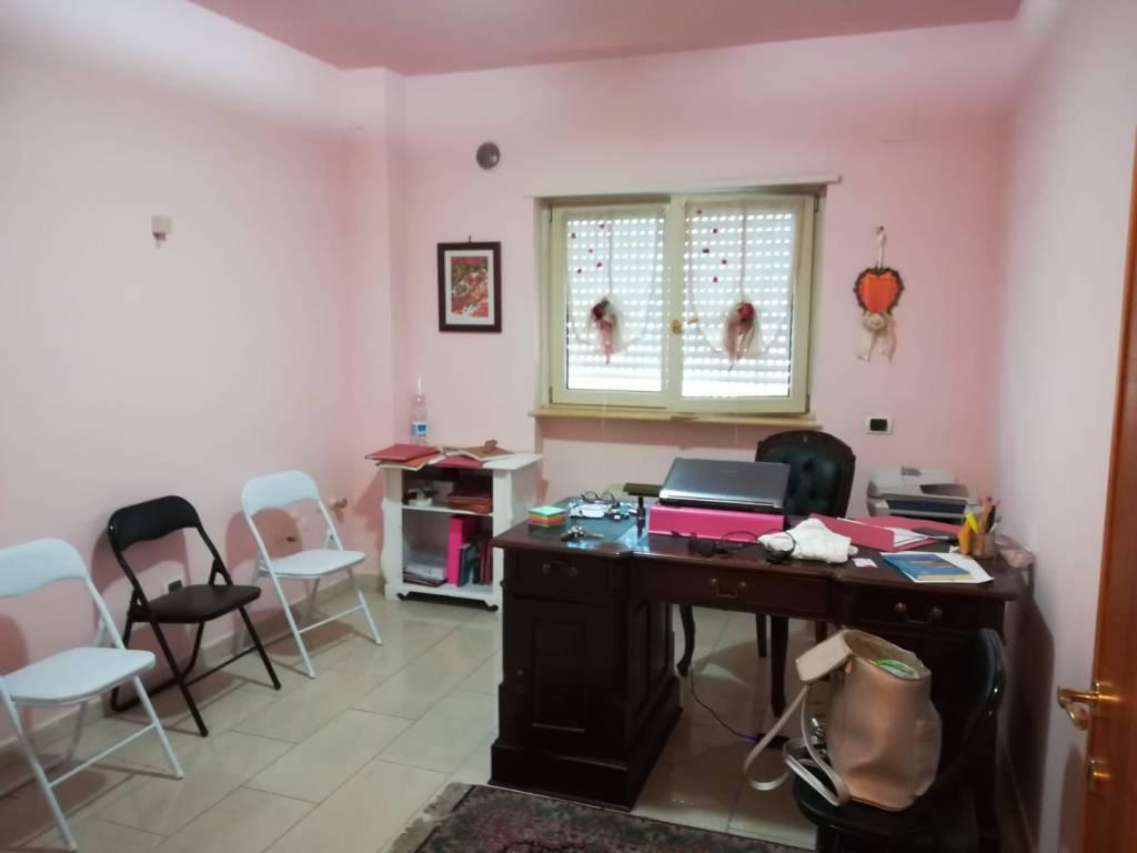 Stanza uso ufficio in affitto a Cassino