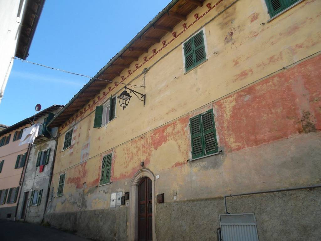 Foto 1 di Quadrilocale Borgo Santa Barbara, Carpeneto