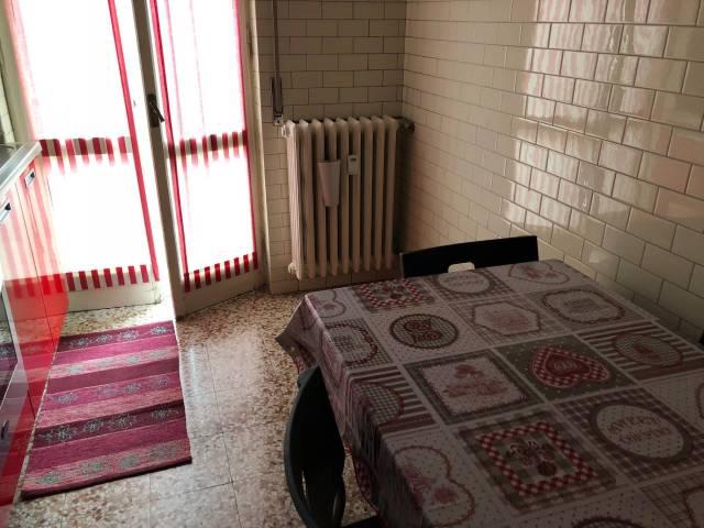 Appartamento in affitto a Pavia, 2 locali, prezzo € 450   CambioCasa.it