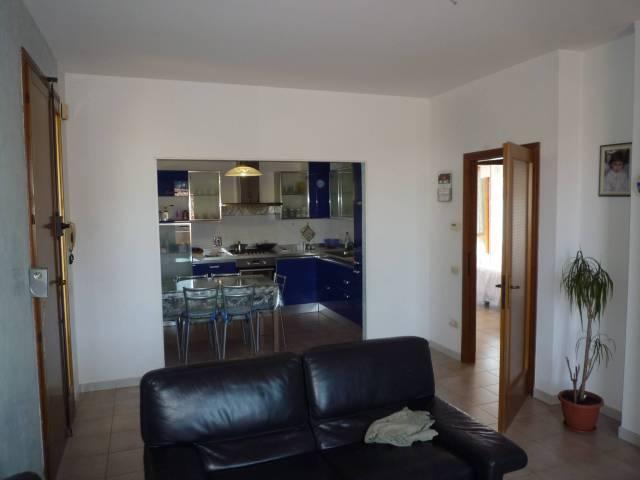 Appartamento in ottime condizioni in vendita Rif. 7030063