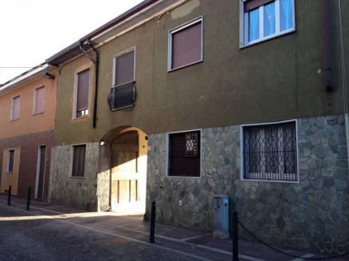 Appartamento in buone condizioni in vendita Rif. 7033941