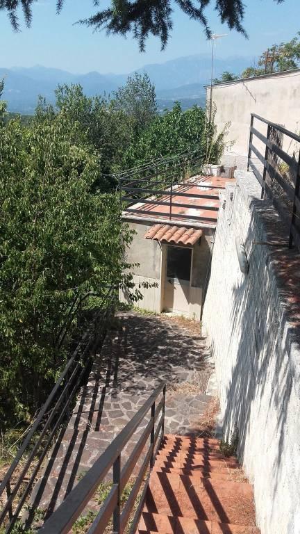 Foto 1 di Villa via Princeton, Pettoranello Del Molise