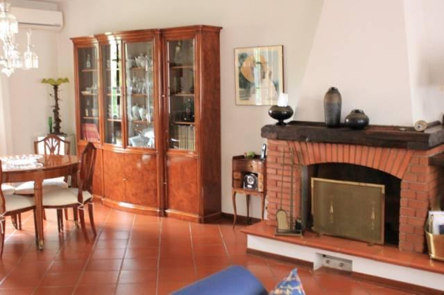 Villa in ottime condizioni in vendita Rif. 6988510