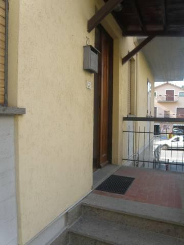 Appartamento in buone condizioni arredato in affitto Rif. 7044346