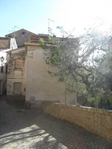 Casa Indipendente da ristrutturare in vendita Rif. 7041240