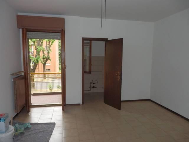 Appartamento in buone condizioni in affitto Rif. 6947409