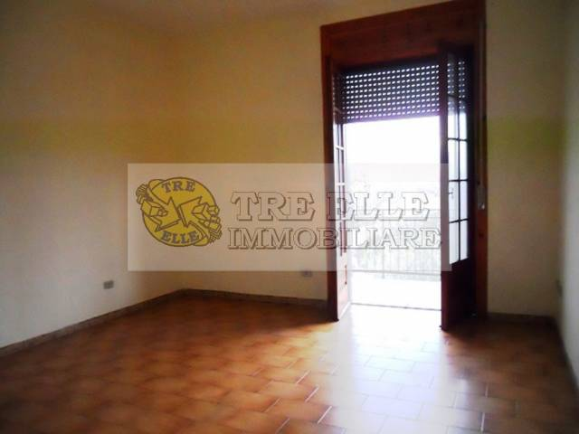 Appartamento in buone condizioni in affitto Rif. 5592872