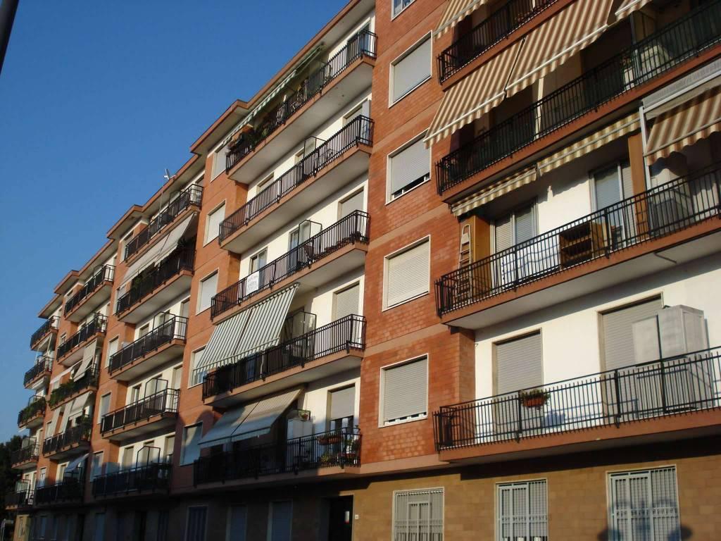 Appartamento in vendita a Nichelino, 3 locali, prezzo € 108.000 | CambioCasa.it