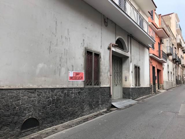 Appartamento da ristrutturare in vendita Rif. 7040882