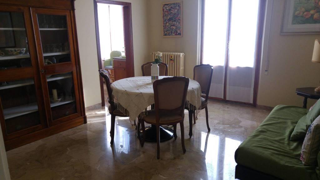 Appartamento in ottime condizioni arredato in affitto Rif. 8997770