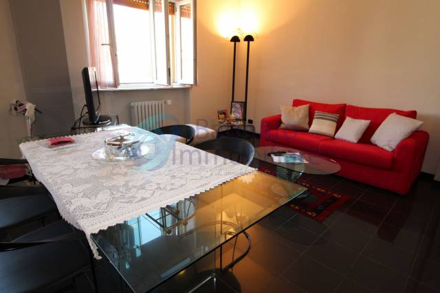 Appartamento in ottime condizioni in vendita Rif. 7041074