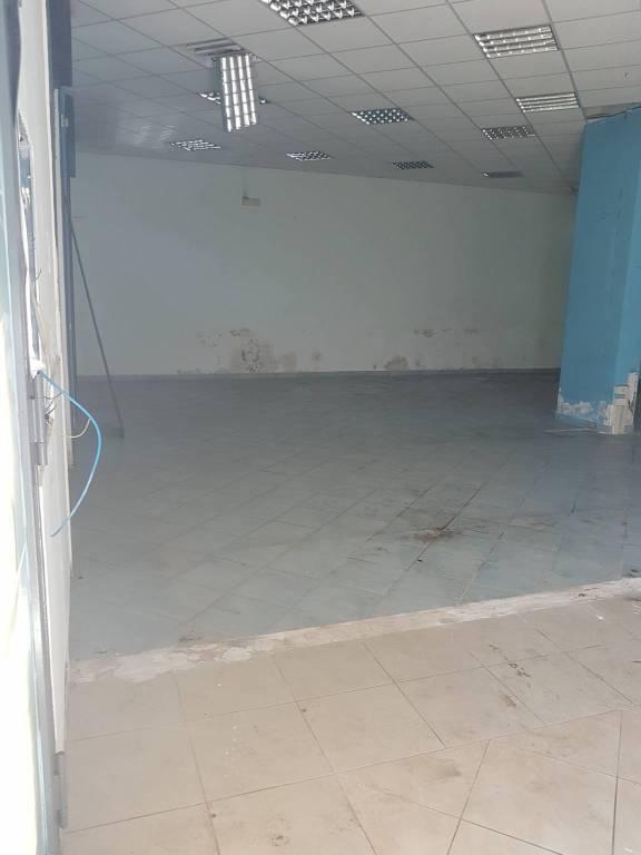Negozio monolocale in affitto a Fisciano (SA)