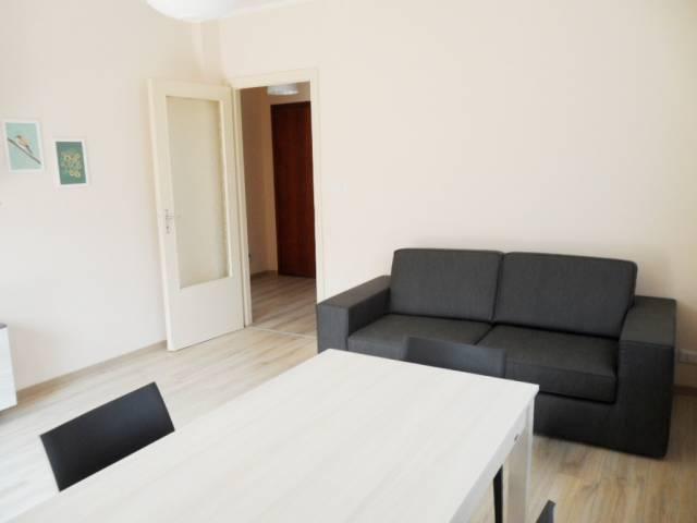 Appartamento in buone condizioni arredato in affitto Rif. 7016652