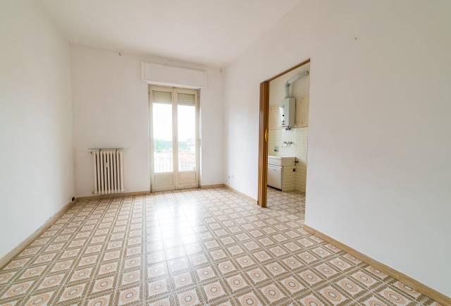 Appartamento da ristrutturare in vendita Rif. 7044826