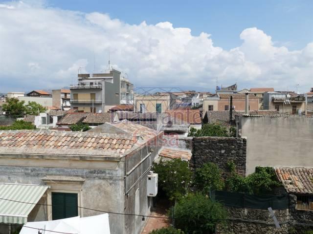 Appartamento in Affitto a Gravina Di Catania Centro: 2 locali, 80 mq
