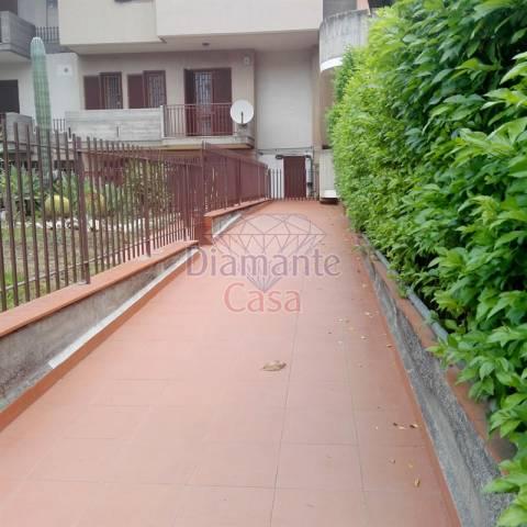 Appartamento in Affitto a Catania Periferia: 3 locali, 110 mq