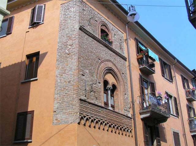 Appartamento in ottime condizioni arredato in affitto Rif. 7057462