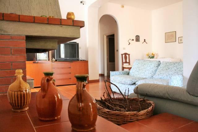 Villa in buone condizioni in vendita Rif. 7085109