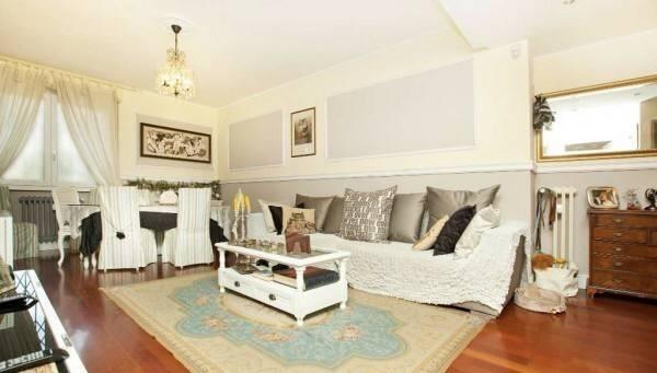 Appartamento in ottime condizioni parzialmente arredato in affitto Rif. 7040599
