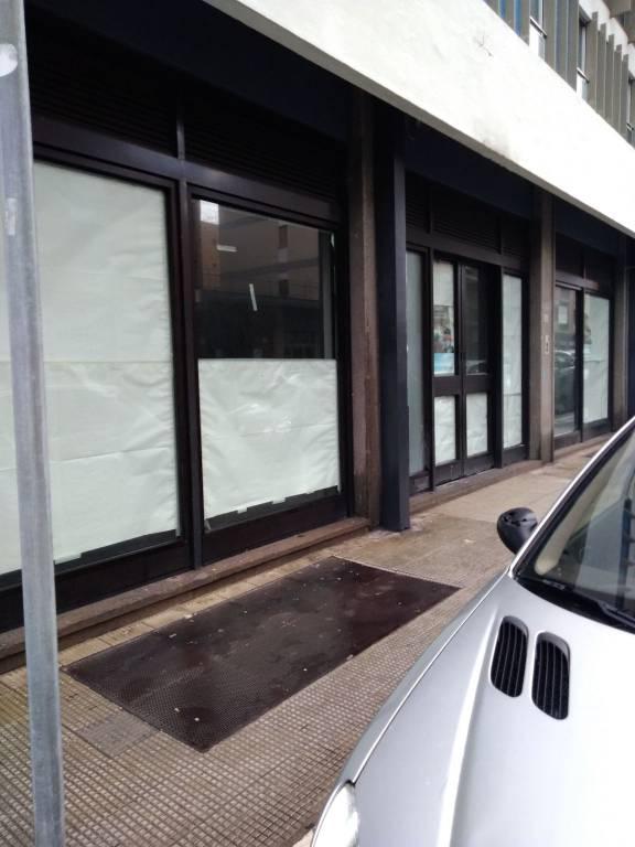 Picone - Locale 4 vetrine Rif. 7060912