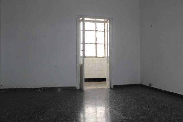 Appartamento da ristrutturare in vendita Rif. 7063114