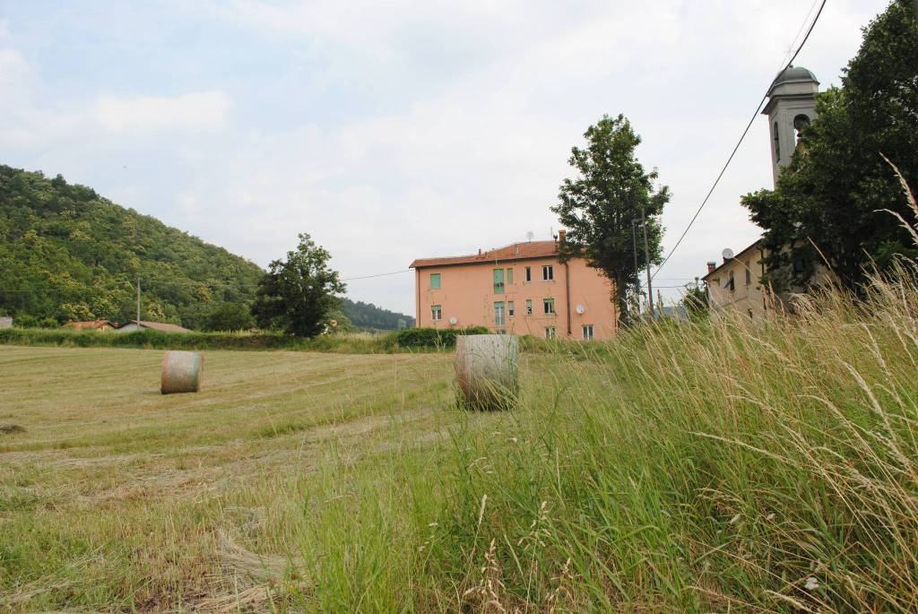 Appartamento in vendita a Voltaggio, 2 locali, prezzo € 28.000 | CambioCasa.it