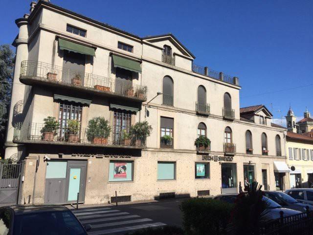 Stabile / Palazzo in buone condizioni in vendita Rif. 7058290