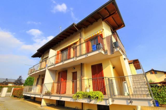 Appartamento in ottime condizioni in vendita Rif. 7057582