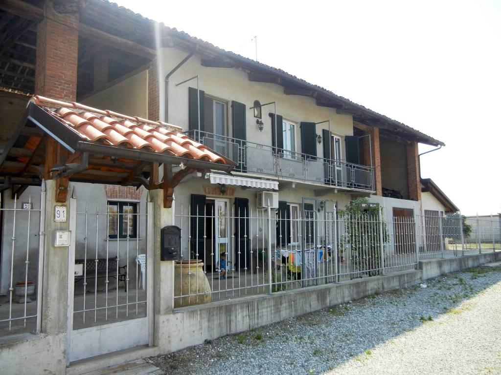 Villa in ottime condizioni in vendita Rif. 8198903