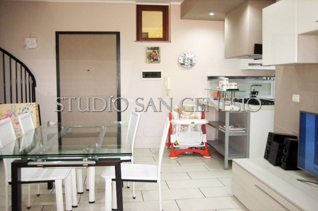 Appartamento in vendita a Roncaro, 4 locali, prezzo € 119.000 | CambioCasa.it