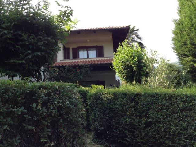 Appartamento in buone condizioni in vendita Rif. 7061783