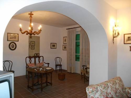 Villa quadrilocale in vendita a Guardea (TR)