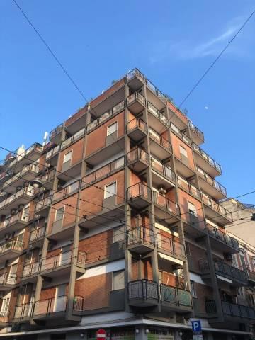 Appartamento in buone condizioni in vendita Rif. 7070120