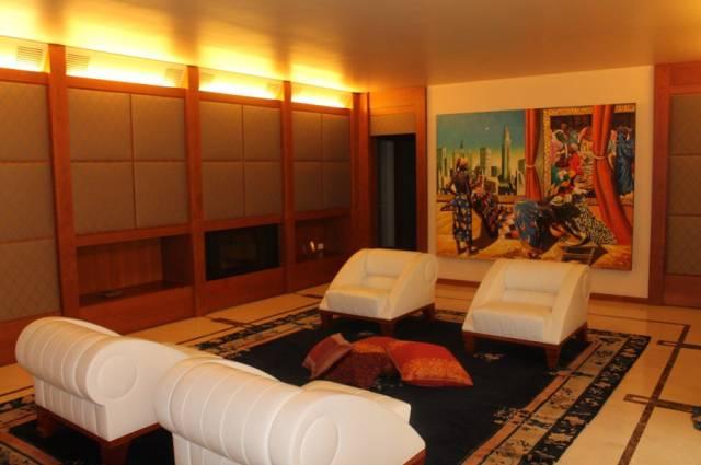 Appartamento in ottime condizioni in vendita Rif. 7060931