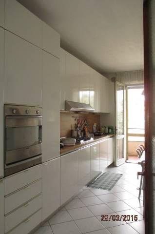 Padova San Giuseppe affittasi appartamento di 120 mq, garage